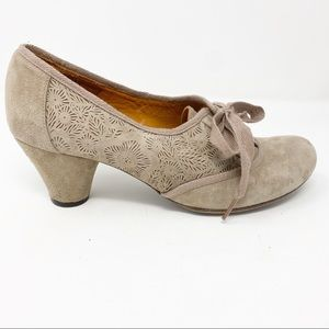 Chie Mihara Anthropologie tan suede heel shoes 9.5